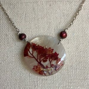 Jewelry - 2/$15❗️Handmade Pressed Flower Necklace